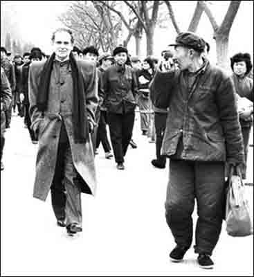 The year was 1978, the French designer Pierre Cardin in a stylish woolen overcoat strolls down a grey Beijing street, attracting attentions
