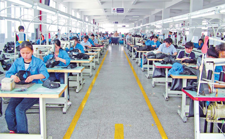 Wenzhou manufacturers seek new ways to produce wealth