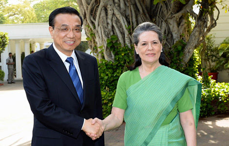 Li calls for more exchanges with India