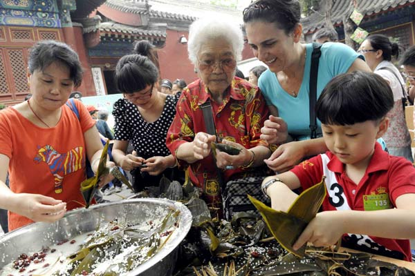 Chinese food deserves on UNESCO's table: Opinion