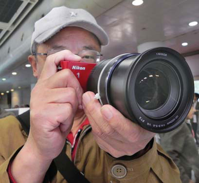 Mini SLRs set to snap up the photo market