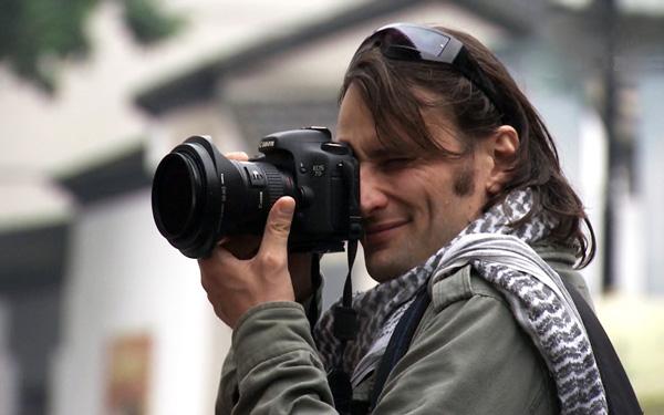 I am in Hangzhou: Freelance photographer Rodolphe - Business