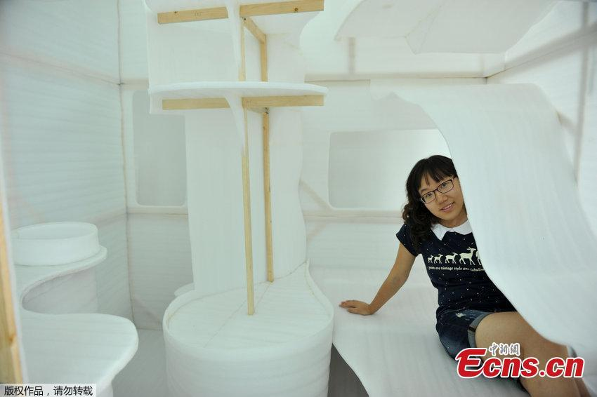 Students design 4 square meter 39 capsule 39 apartment 1 for 10 square meters room