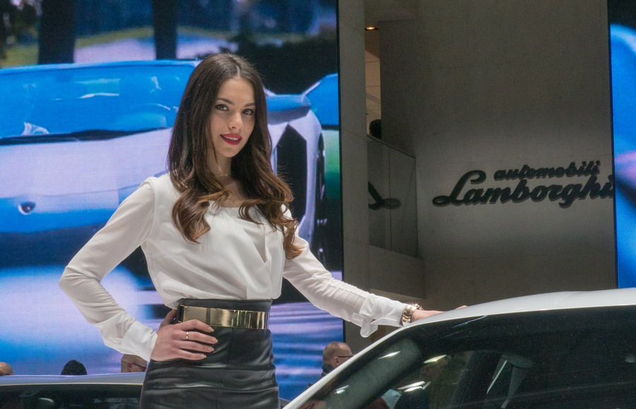 Hot girls at Geneva Motor Show 2014[9]- Chinadaily.com.cn