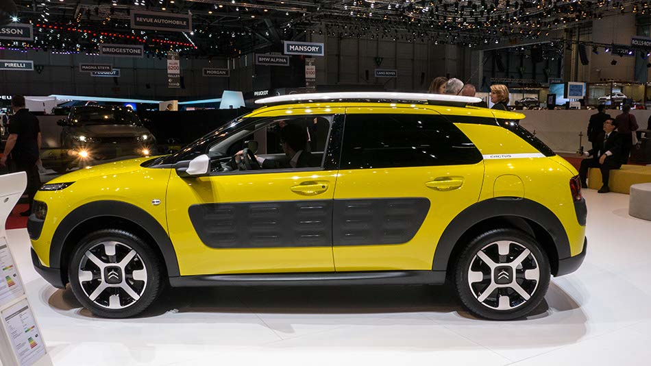 citroen c4 cactus concept car world premiere in geneva 3. Black Bedroom Furniture Sets. Home Design Ideas