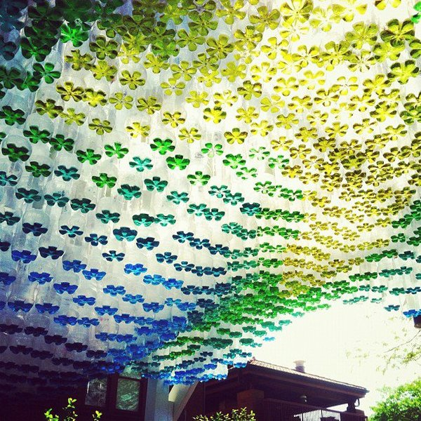 Parking canopy made of recycled plastic bottles  sc 1 st  China Daily & Parking canopy made of recycled plastic bottles - Business ...