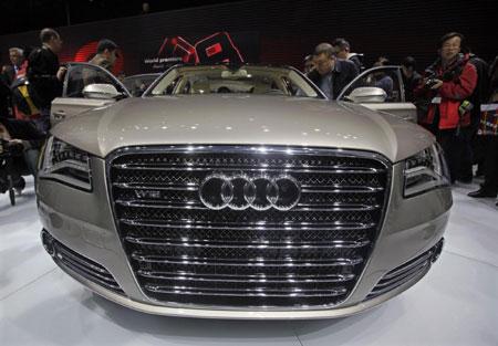 World premiere for Audi A8 L W12 Quattro on 2005 audi a8 w12, audi r8 w12, 2010 audi a8 l, 2004 audi a8 w12, 2007 audi a8 w12, 2010 audi a8l w12, 2008 audi a8 w12,