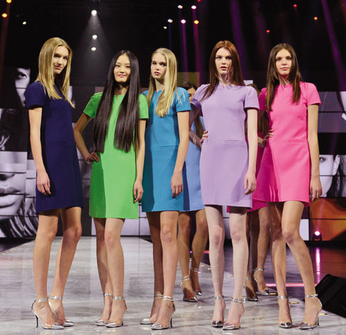 Chinese models in spotlight  <!-- ab 16034085 -->Photos