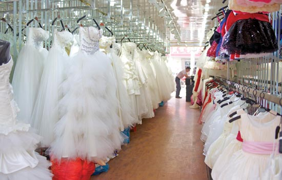Wedding dress firms unveil top figures[1]- Chinadaily.com.cn