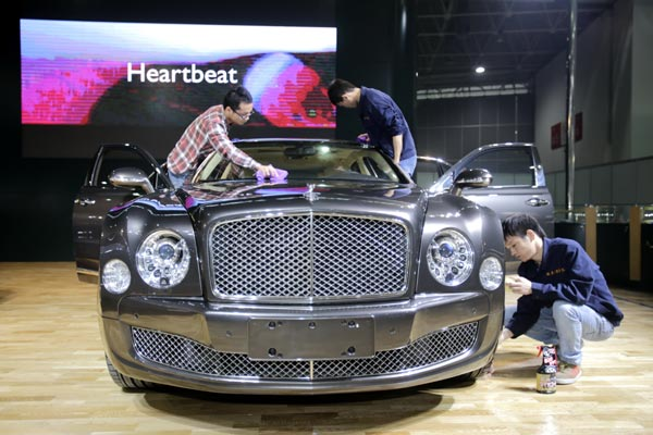 Bentley shifts its global thrust into high gear