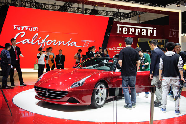 Decelerating sales don't faze ultra-luxury sports car makers