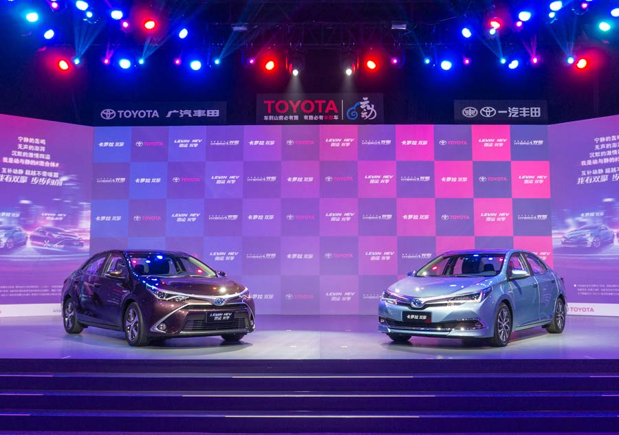 Toyota releases TwinEngine cars and sets 2020 target