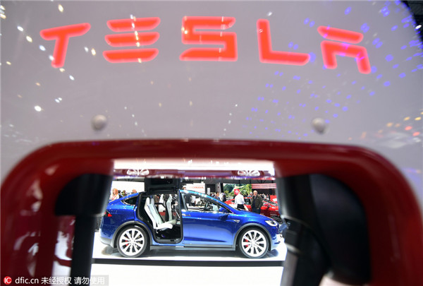 Tesla to wait for mass customers before building Chinese factory