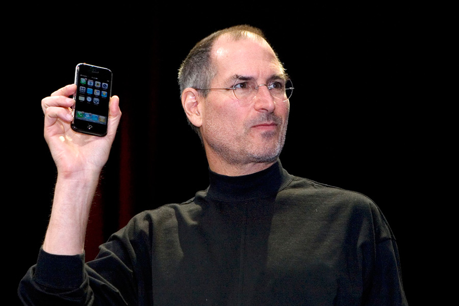 From Revolution To Evolution Revisiting The Past 10 Years Of IPhone Steve Jobs