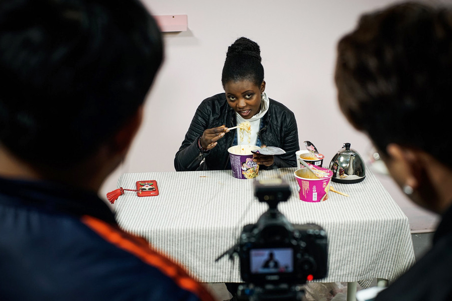Young Kenyan gets share of China's internet celebrity economy
