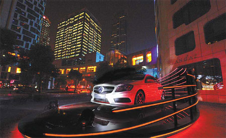 The A-Class: leading Mercedes' new generation compact car ...