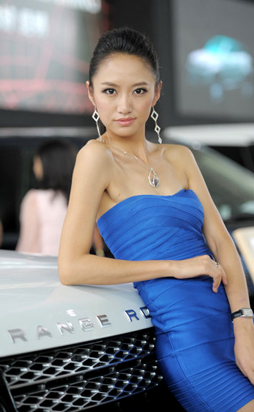 Chinese car model fucking for money so hot