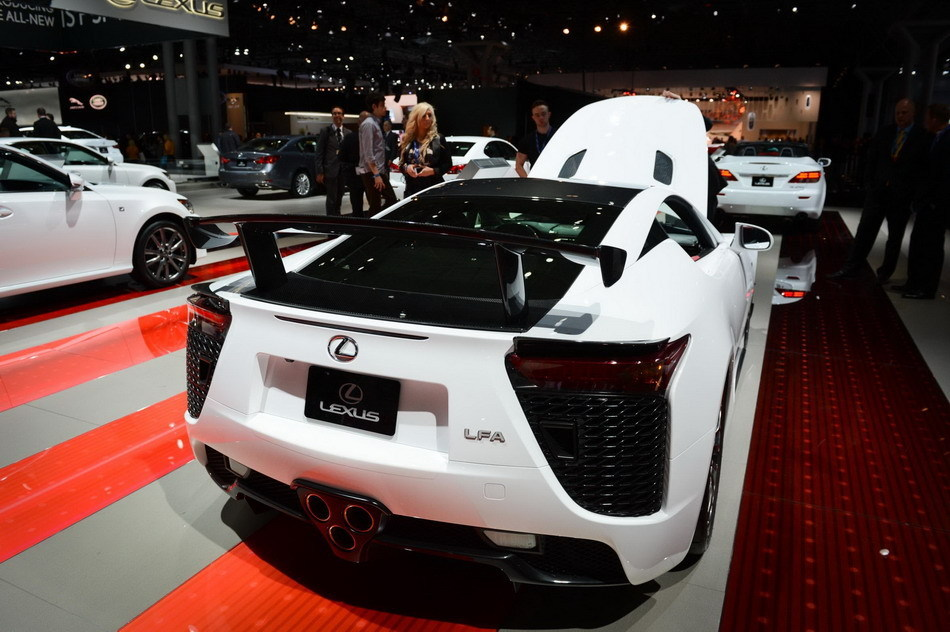 Photos Luxury Cars At New York Auto Show 1 Chinadaily Com Cn