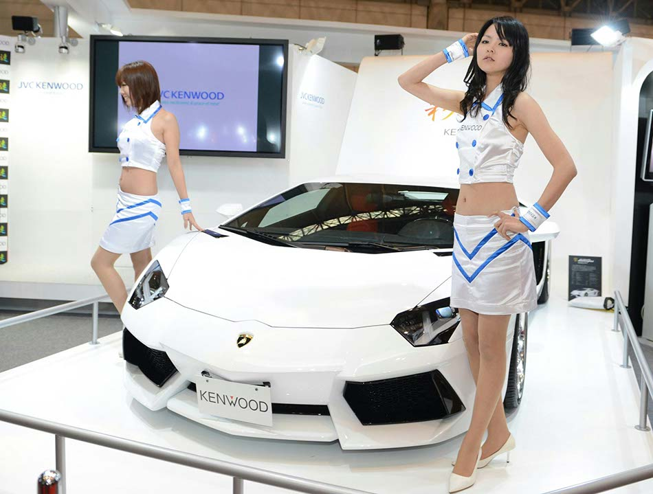 Models At Tokyo Modified Car Showchinadailycomcn - Car show com