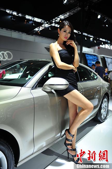 Glamorous Models Pose At Shenyang Auto Show 3 Chinadaily Com Cn