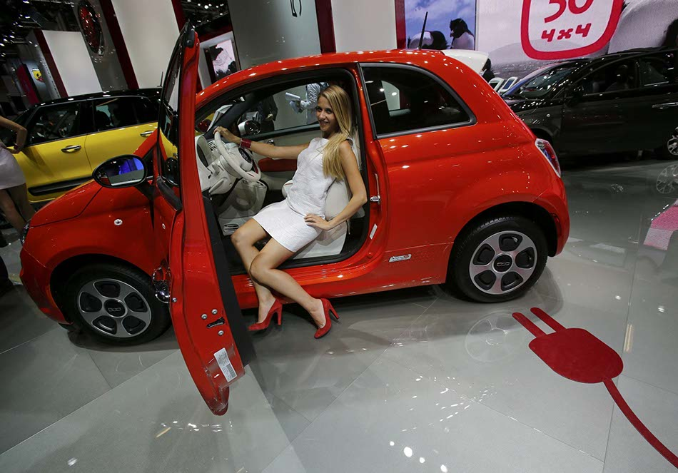 Lupin In Fiat 500 additionally Vis abb ante together with Gambar Kartun Motogp Valentino Rossi besides Aberglaube in addition Bmw E30 Drift. on fiat 500 cartoon