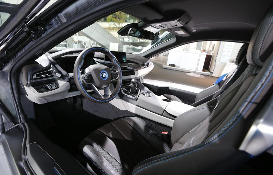 New BMW i8 plugin hybrid sports car delivered8 Chinadailycomcn