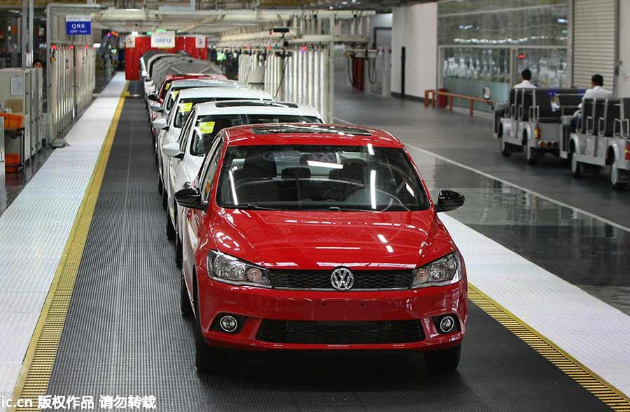 Top 10 best selling cars on Chinese mainland 2015