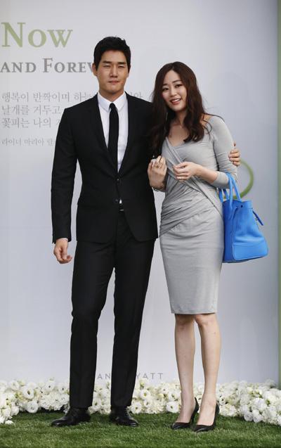 south korean actor lee byunghun marries23 chinadaily