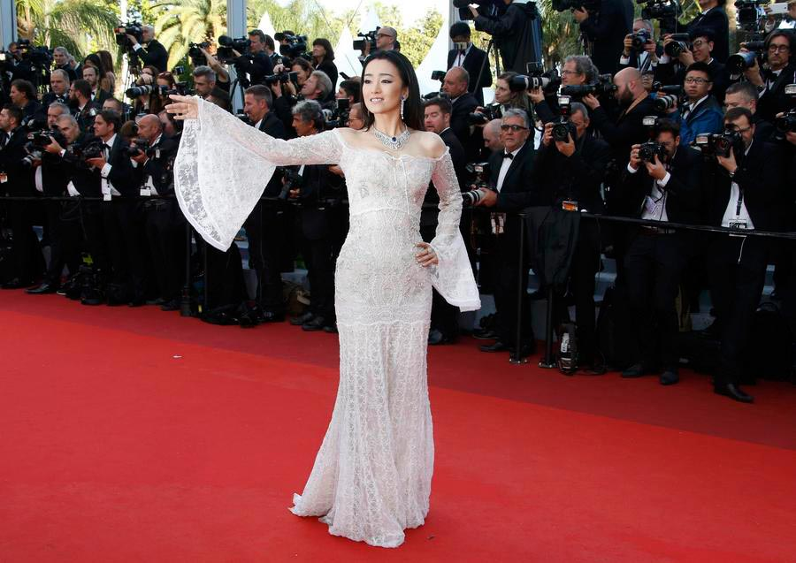 Chinese stars at opening ceremony of 69th Cannes[8