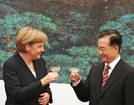 Wolf: China e Alemanha se unem para enfraquecer a economia mundial