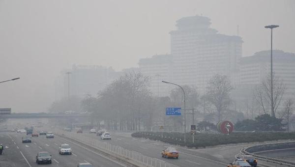 Beijing targets capital's suburban smog