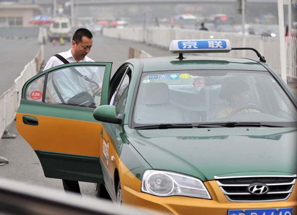 State puts brakes on testy taxis