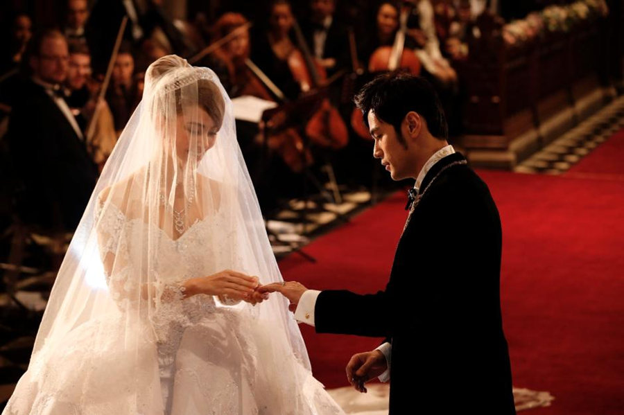 Singer Jay Chou And Model Hannah Quinlivan Held Wedding Ceremony At The Selby Abbey In Yorkshire Britain Jan 18 2015 Photo Weibo