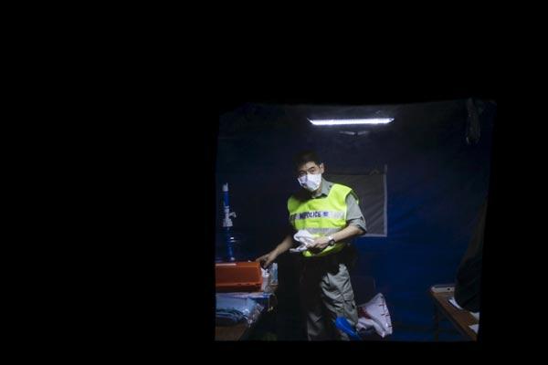 HK quarantines 18 close contacts of MERS patient