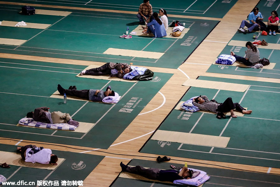 Gymnasium opens for parents of freshmen