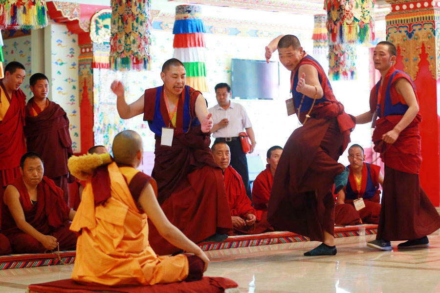 Tibetan Buddhists prime for debate test