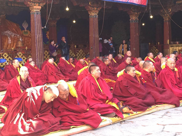 10 monks accredited with highest Tibetan Buddhism degree