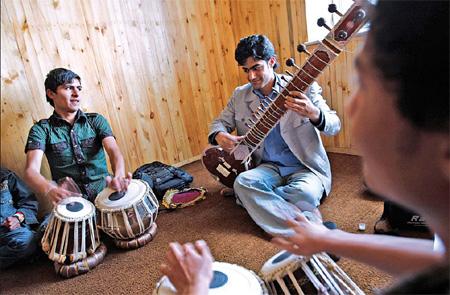 School reviving music in Afghanistan