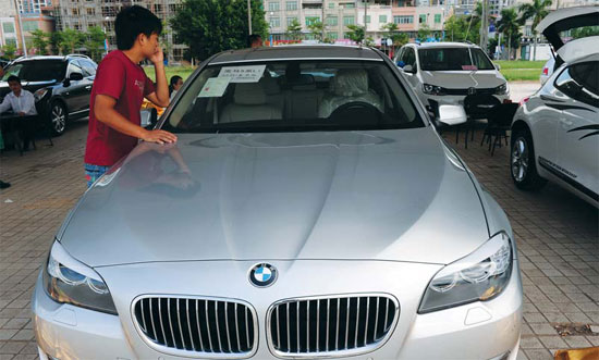BMW, Audi set pace in dealership networks