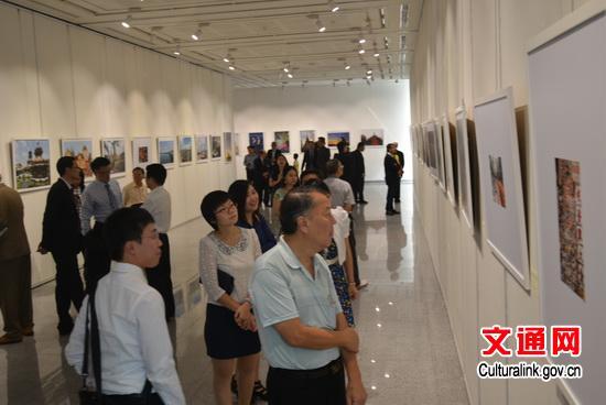 'Thailand in My Eyes' photo exhibition kicks off in Bangkok[1]