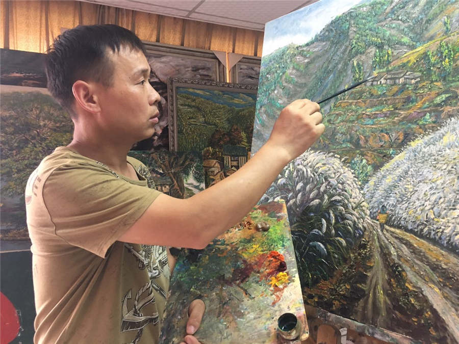 Chongqing farmer becomes oil painting master