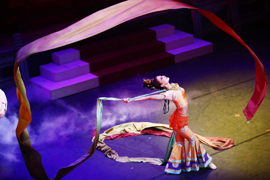 Chinese classic dance drama hits london stage 1 for Classic dance tracks