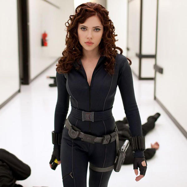 hollywood actress scarlett johnsson in Action pic