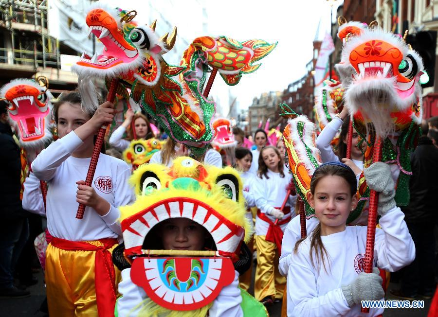 adf301e005d People celebrate Chinese Lunar New Year in Britain 2 - Chinadaily.com.cn