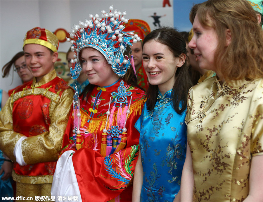 UK students experience Chinese culture in Tianjin[2]- Chinadaily ...