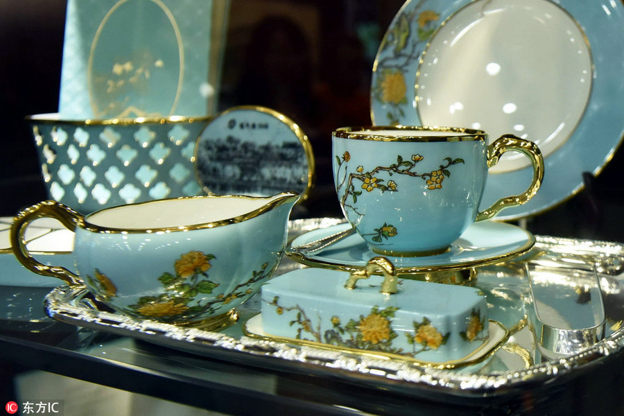 First Lady Tableware A Hit In Hangzhou 1 Chinadaily Com Cn