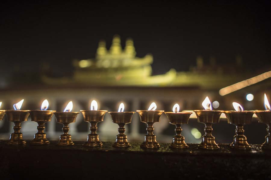 Butter Lamp Festival celebrated in China's Tibet