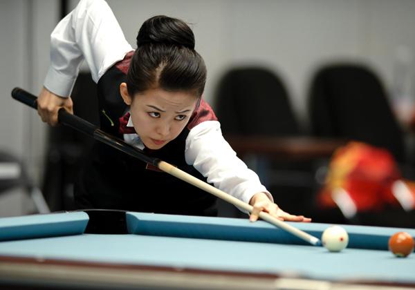 美丽台球:潘晓婷vs车俞岚
