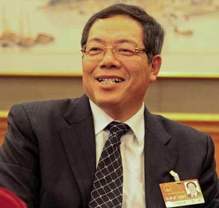 陈刚:柳州将继续致力于工业发展和环境保护