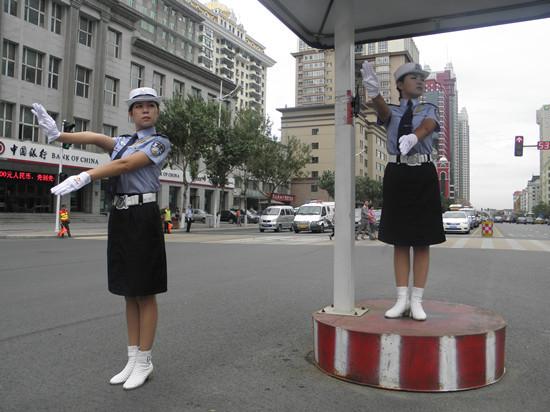 江行参观哈尔滨创城
